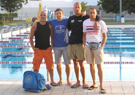 Il quartetto della Delphinia giunto al secondo posto nella staffetta 4x100 MI Assoluti