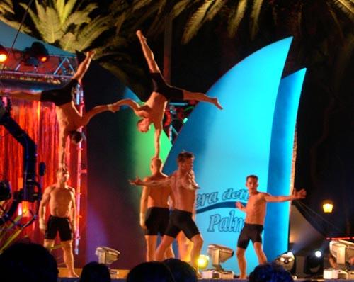 Esibizione di danza acrobatica