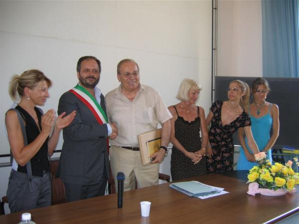 Il saluto del sindaco Gaspari al prof. Vita