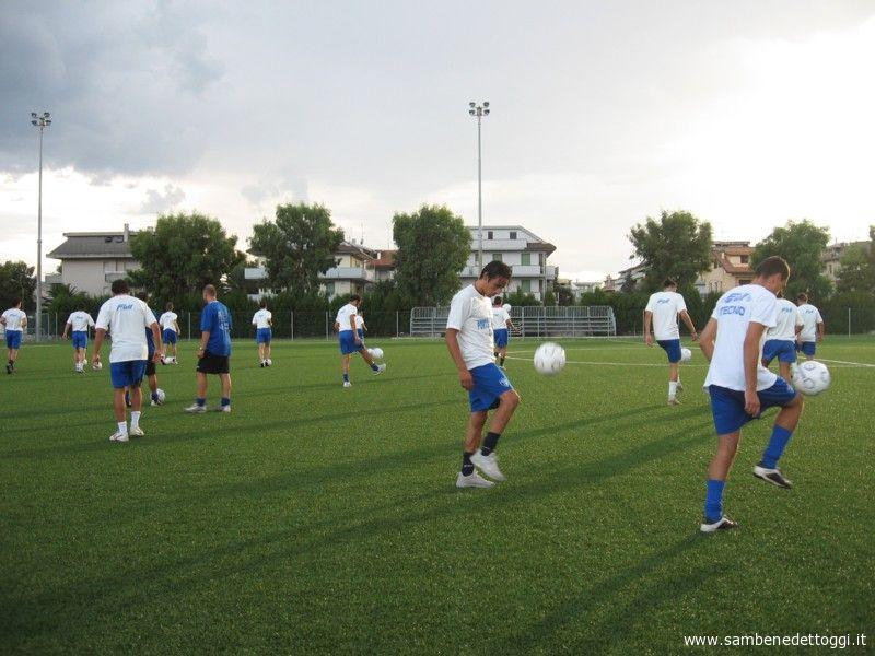 Il Porto d\'Ascoli Calcio al lavoro