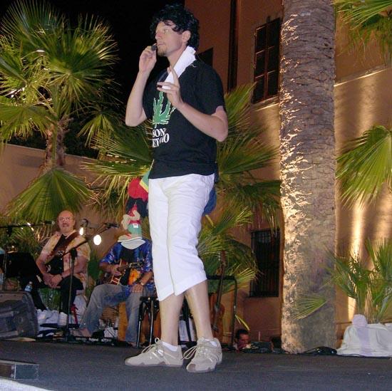 Corrado Boldi Cotti durante l' esibizione