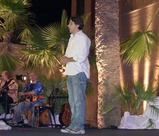 Filippo Giardina  durante l' esibizione