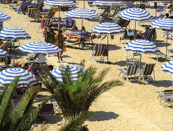 Uno scorcio della spiaggia sambenedettese
