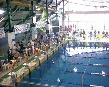 Piscina comunale di San Benedetto, cambia il regolamento per la concessione degli spazi acqua alle società natatorie locali