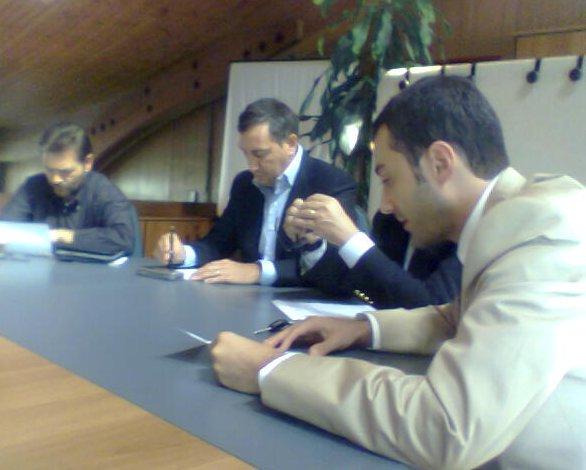 Un momento della conferenza stampa. A sin. il direttore del 118, Elio D'Angelo, al centro Marco Calvaresi, a destra il dott. Marco Fischetto