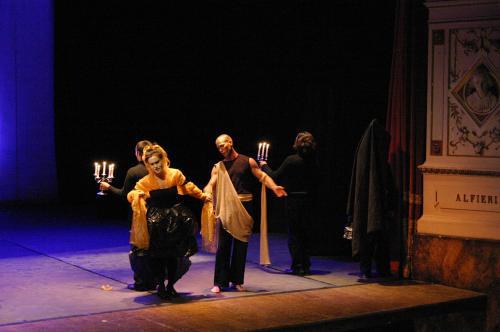 A novembre inizieranno i corsi di teatro del Laboratorio Teatrale Re Nudo