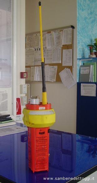 Il sistema Epirb che si trovava a bordo del Rita Evelin, che è servito per dare l'allarme satellitare e indicare il punto del naufragio