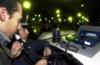 (foto d'archivio) Controlli per disincentivare la guida in stato d'ebbrezza