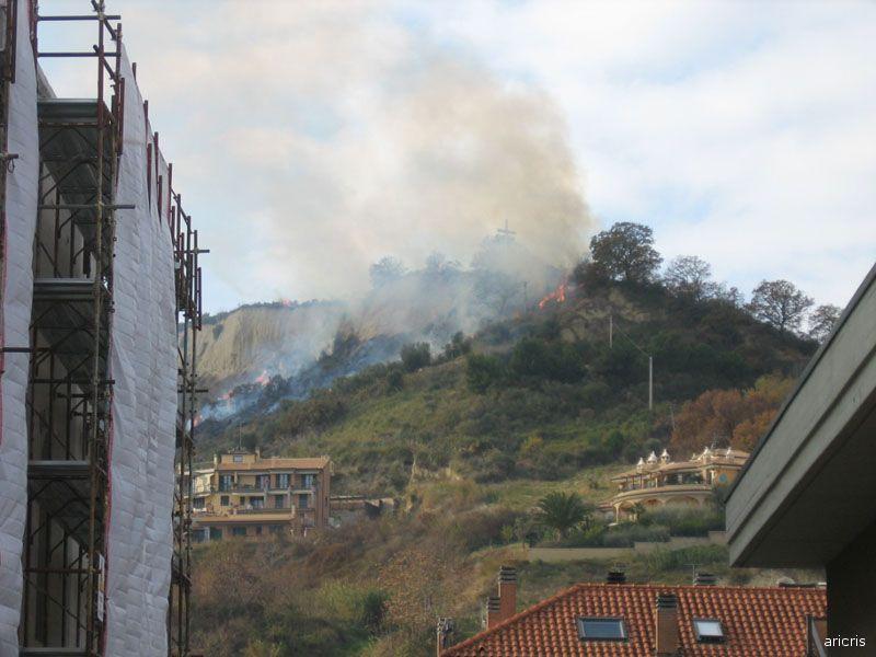 San Benedetto del Tronto: un incendio sul Monte della Croce, avvenuto alcuni mesi fa