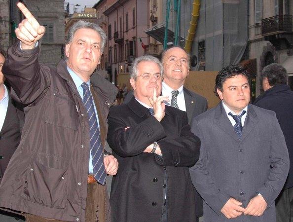 Claudio Travanti con il sindaco di Ascoli Celani