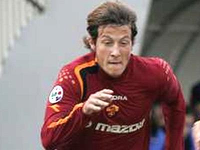 Fabrizio Grillo corre verso la Samb