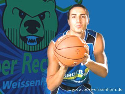 Daniele Aniello con la maglia della BC Groer Recycling Weissenhorn