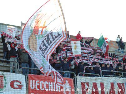 Samb-Rimini 0-1. I tifosi romagnoli presenti al Riviera