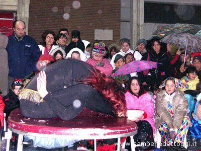 Spettacoli di Carnevale in piazza Fazzini