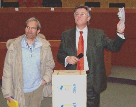 Paolo Perazzoli e Antonio Capriotti sorteggiano i vincitori di