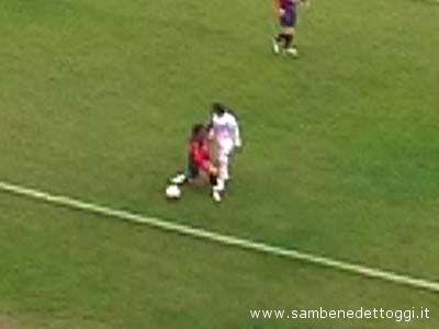 Fabio Tinazzi accenna una reazione su Magliocco durante Samb-Salernitana: sarà espulso