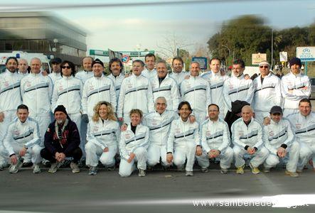 Foto di gruppo per gli atleti della Polisportiva Porto 85