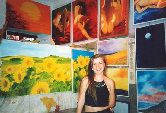 Annunzia Fumagalli nel suo studio