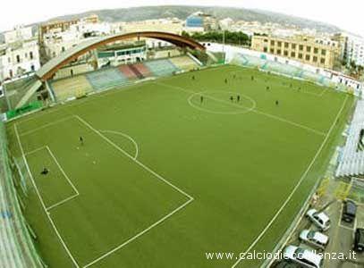 Un'immagine dall'alto dello stadio Miramare di Manfredonia