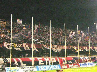 Splendida sciarpata in Curva Nord durante il Samb-Avellino della stagione 2004-2005