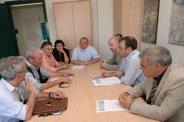 La delegazione dei tessili a confronto con i rappresentanti della Regione marche