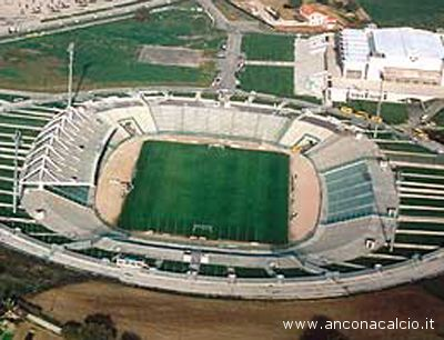 Lo stadio Del Conero di Ancona