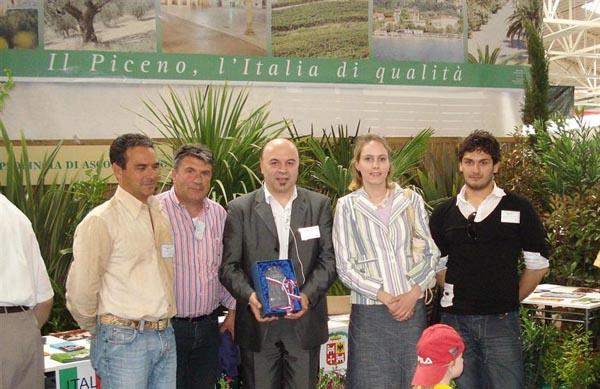 Premiazione dello stand provinciale