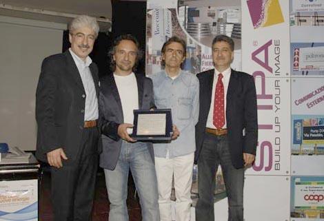 I premiati Marco Pennesi e CArlo Bertocchi fra il Presidente della Provincia Massimo Rossi ed il Sindaco di Grottammare Luigi Merli