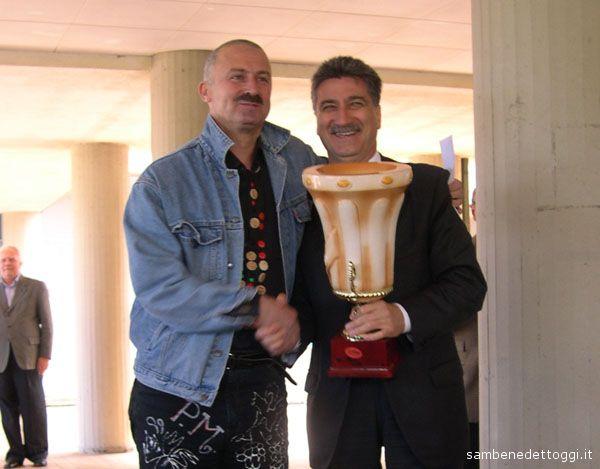 Patrizio Moscardelli premiato dal Sindaco