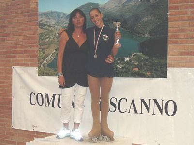 Martina Angelici insieme al tecnico Monica Delli Figorilli