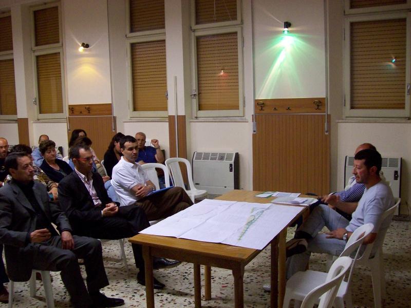 Un momento dell'incontro tra la CDL e i rappresentanti di via Gabrielli
