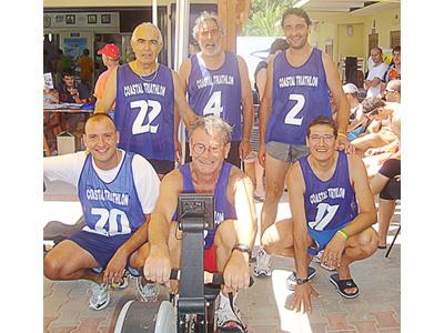 Alcuni atleti della Polisportiva 85 durante le gare del 1° Coastal Triathlon