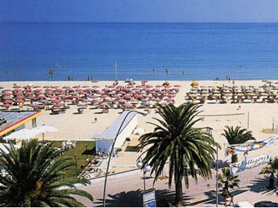 Un tratto della spiaggia di Tortoreto