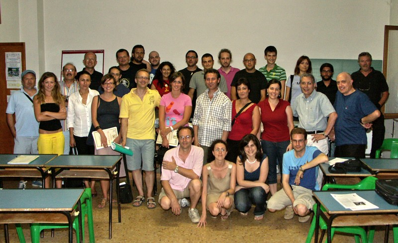Foto di gruppo per i partecipanti al corso di fotografia del Fotocineclub Sambenedettese