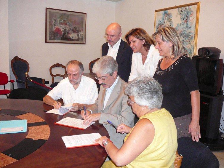 La firma del protocollo d'intesa a Palazzo S.Filippo