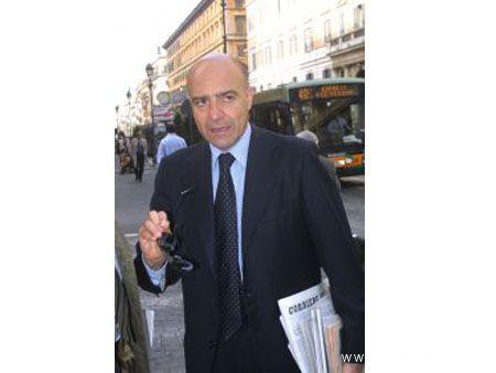 Il Senatore Nicola La Torre