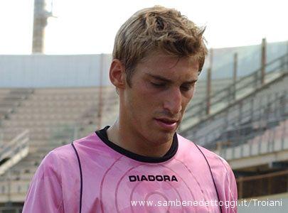 Taranto-Samb 1-0. Bindi esce dal campo a testa bassa