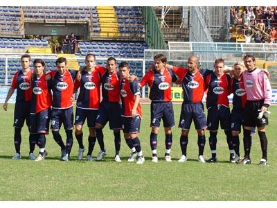 La Samb che ha giocato contro il Pescara (foto Troiani)
