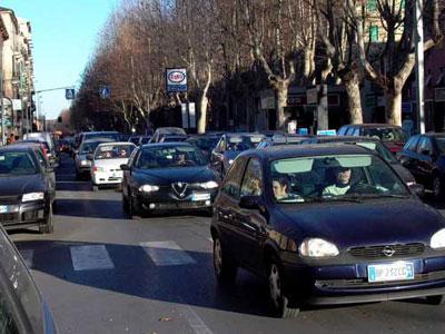 Auto nel traffico cittadino