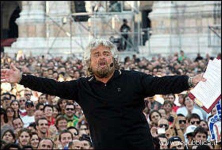 V-Day, Beppe Grillo in piazza Maggiore a Bologna
