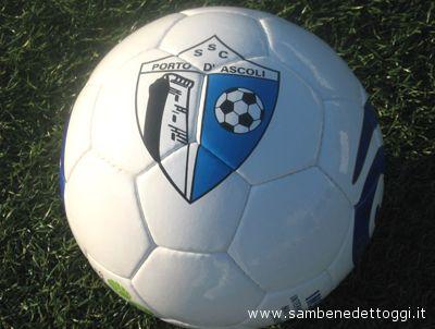 Pallone griffato Porto d'Ascoli Calcio