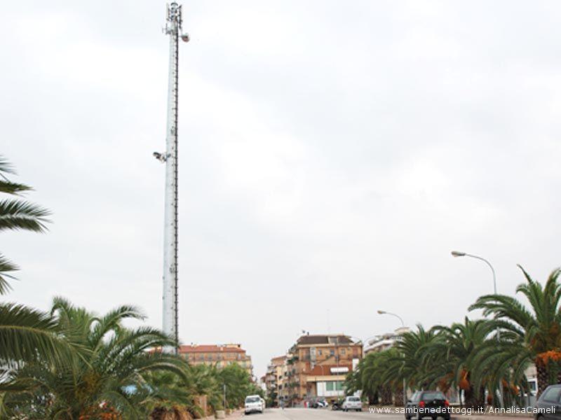 L'antenna UMTS di Zona Ascolani