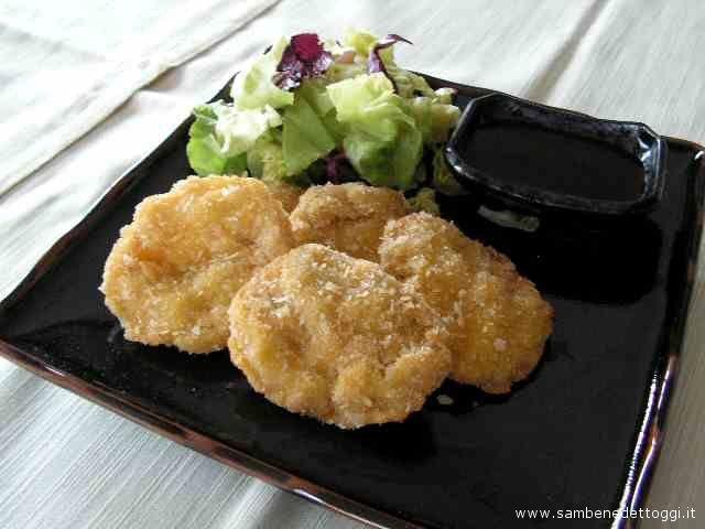 Un pollo cucinato secondo le usanze giapponesi