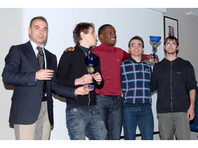 """L'Atletica Collection in festa: a sinistra il presidente del Consorzio Turistico """"Riviera delle Palme"""" Alessandro Zocchi, al centro Mark Nalocca"""