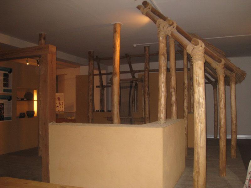 Ricostruzione di una capanna dell'età del bronzo