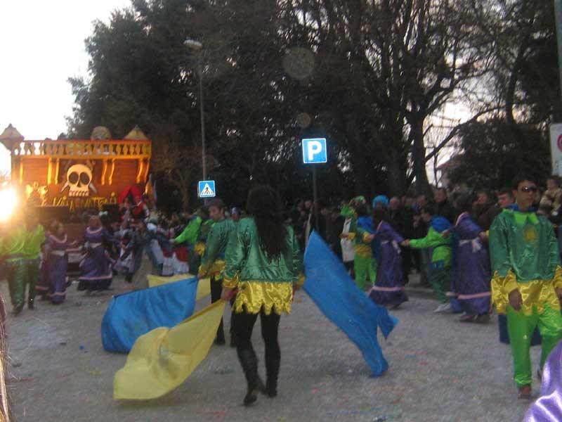 Sant'Egidio - Carnevale 2008 - sbandieratori