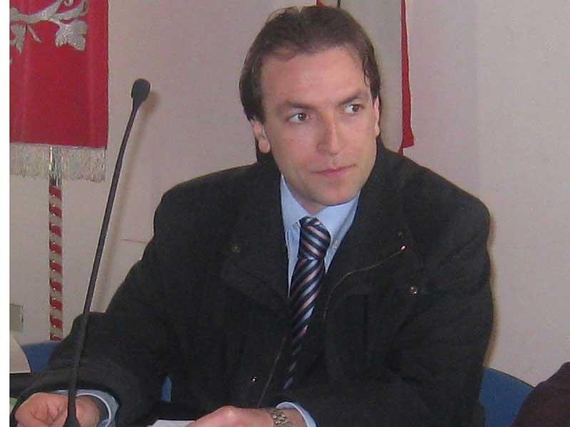 L'assessore al Demanio Massimo Vagnoni