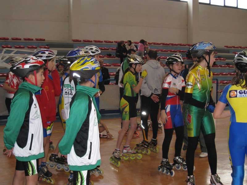 Pattinatori al Palazzetto dello Sport di Martinsicuro
