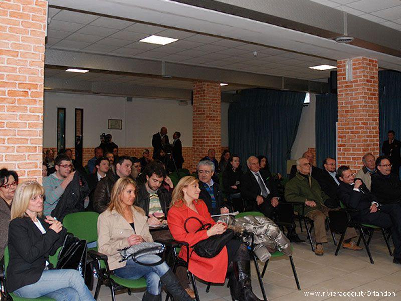 La Lega Nord a Grottammare in appoggio della campagna elettorale di Maria Grazia Concetti (a sinistra)