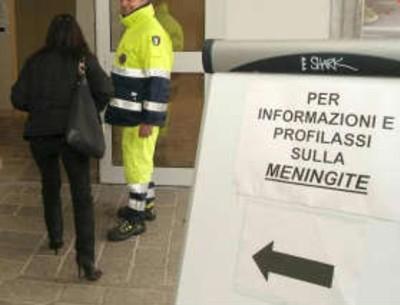 Caso di meningite ad Ascoli, i medici rassicurano la popolazione: nessun rischio di contagio (foto Ansa/Repubblica.it)